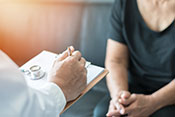 Parkinson's patients more likely to get recommended care with new model -  Photo: ©iStock/noipornpan