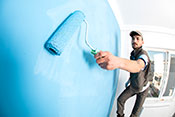 Household paints likely to contain rash-causing allergen - Photo: ©iStock/gece33