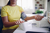 Self-monitoring can lower blood pressure when used with other treatments - Photo: ©iStock/mixetto