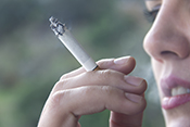Study reveals how lungs protect against damage from cigarette smoke - ©iStock/bagi1998