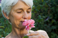 Does failing sense of smell predict Alzheimer's?