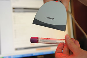 scanner for blood samples
