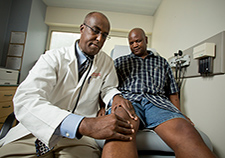 Racial differences in knee replacement surgeries -