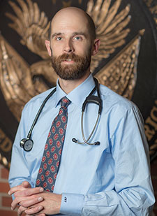 Dr. Joseph Frank is a primary care physician who is investigating the best ways to reduce or stop opioid use in Veterans with chronic pain.